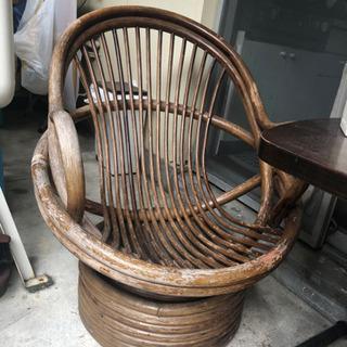 ベランダ、庭中の藤製椅子譲ります - 家具