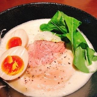 【昼も夜も】究極の鶏野菜白湯ラーメン【要予約】ラーメン技術を駆使...
