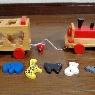 木のおもちゃ 列車