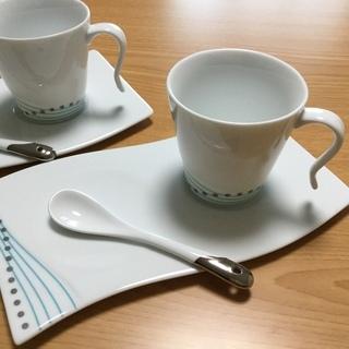 ティーカップ&ソーサースプーン付きALIOS
