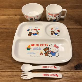 ☆HELLO KITTY☆ ベビープレート