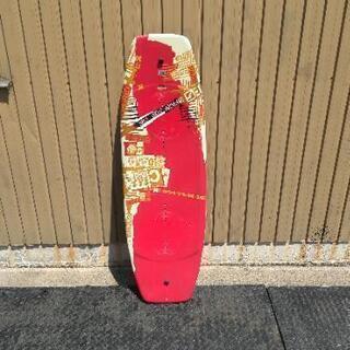 ウェイクボード 板