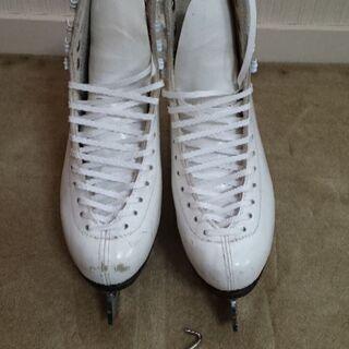 スケート靴(白)