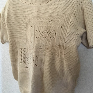 ロートレアモン半袖セーター
