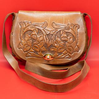革製 小型ショルダーバッグ