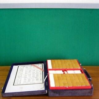 麻雀パイ 素人DIYの麻雀板は御希望あればお付けします。