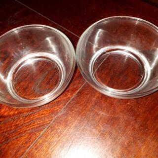 格安、ガラス小鉢二点セット