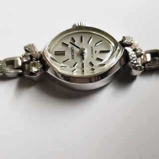 セイコー手巻き腕時計14kホワイトゴールドの画像