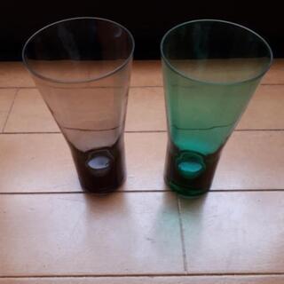 カラーグラス 2つ