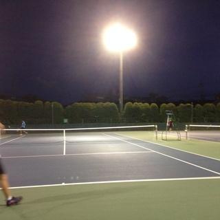 ★8/11(日)お盆休みナイターでテニス(競技志向)