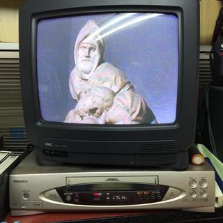 12インチブラウン管テレビに東芝VHSビデオデッキ、完動品‼️