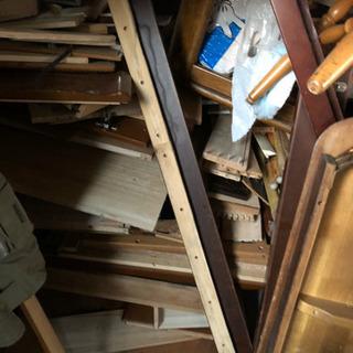 家具の解体木 大量