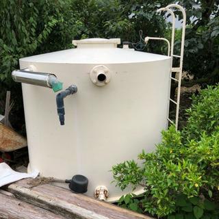 水溜めタンク
