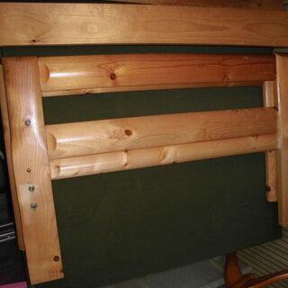 組み立て木製シングルベッド