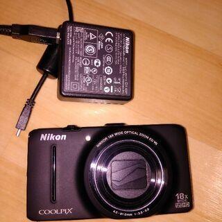 NIKONのデジカメ3000円