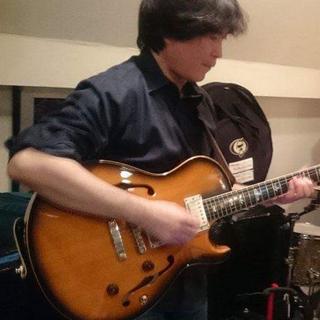 天王寺のジャズギター教室です。無料体験レッスン!J:COMテレビで...