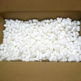 白い緩衝材 荷物の隙間を埋めるやつ