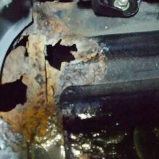 見積もり無料!ランクルなどの車の #腐食補修 #鉄板溶接 #塗装...