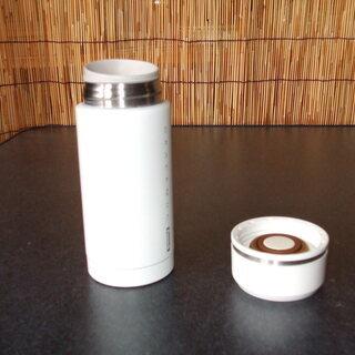 ステンレス水筒 白色