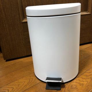 ペダルペール ベレット ゴミ箱 5L ホワイト  差し上げますの画像