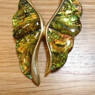 《未使用》天然貝のブローチ