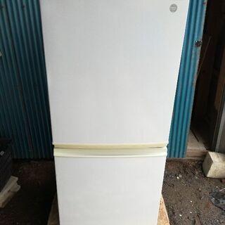 【配送設置可能】シャープ137L冷蔵庫