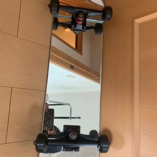スケボー風の鏡