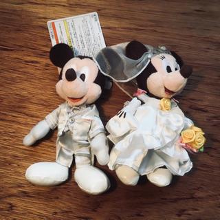 ミッキーミニーのウェディング人形ペア