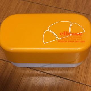 エレッセ弁当箱2段新品②