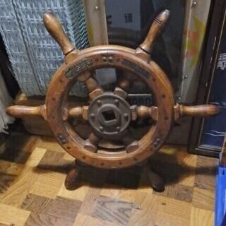 【お値下げできます】夏の雰囲気を引き立てるオブジェ♪ 船の舵 ラ...