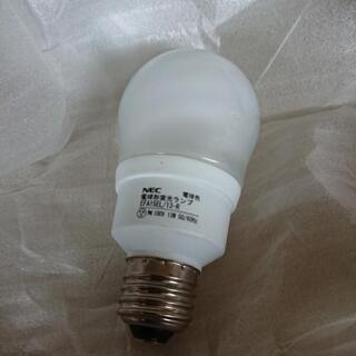 NEC 電球形蛍光ランプ 3個