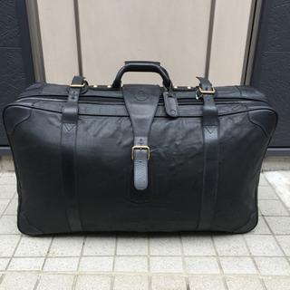 FENDI フェンディ ベカン ズッカ 黒レザー スーツケース 旅...