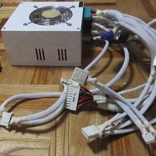 ディスクトップパソコン電源 型式PRS-530W未使用