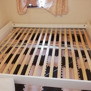 【IKEA】クイーンサイズベッド