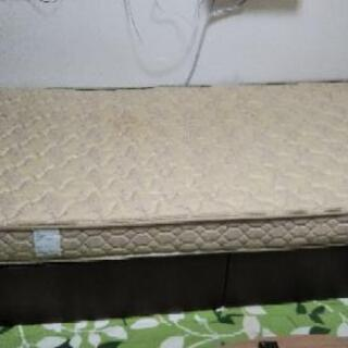 収納付き シングルベッド ¥4000