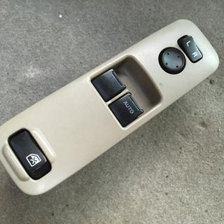 DG64V パワーウィンドウスイッチです。