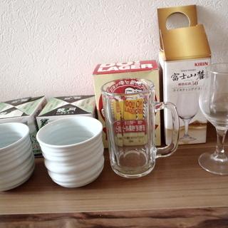 100円!グラス類5点セット★ビールジョッキ、陶製グラス2個、テ...