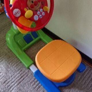 アンパンマン運転手ごっこ おもちゃ