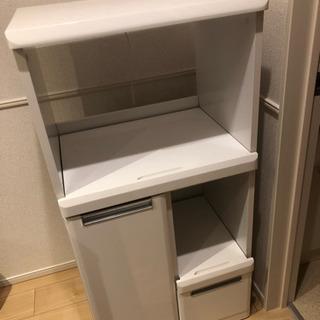 値下げしました!レンジ、炊飯器など収納家具!便利です!コンセント...