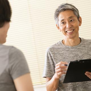 鎌倉で20年。腰痛、肩こり、しびれ専門の治療院です。筋膜リリース、...