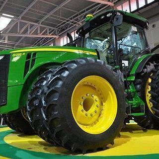 トラクター 農機具探してます