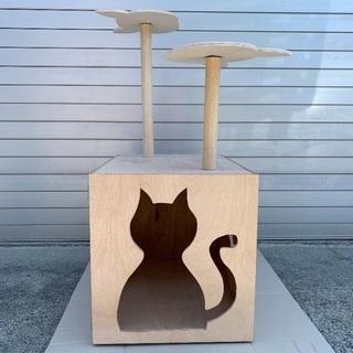 ネコトイレカバー キャットタワー付売り切りお買い得塗装込み!猫ハウス
