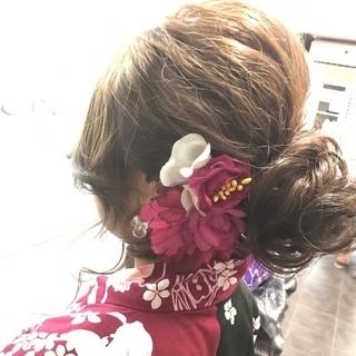 ★浴衣着付け&ヘアセット ¥5.000~(友達2人で更に¥500引)