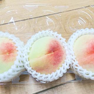 【旬のフルーツ】訳あり白桃お譲りします3玉入りパック