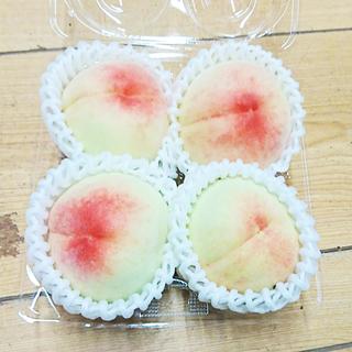 【旬のフルーツ】訳あり白桃お譲りします 4玉入りパック
