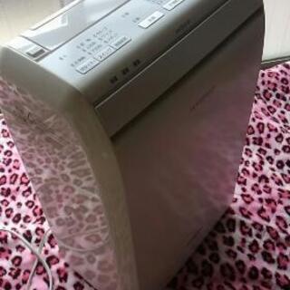 Panasonic製のハイブリッド方式除湿乾燥機