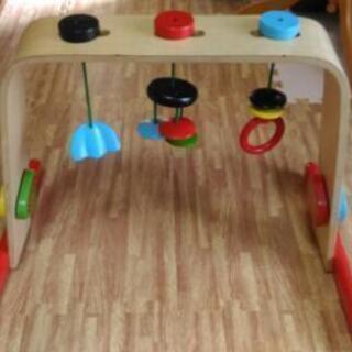 IKEAの知育玩具、ベビーバス、おもちゃ