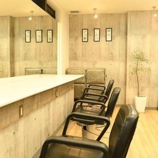 美容師 業務委託 3ヶ月最低保障時給1500円 赤坂見附