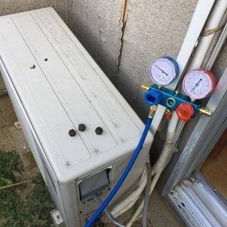 エアコンが冷えない!冷媒ガス補充をしております。