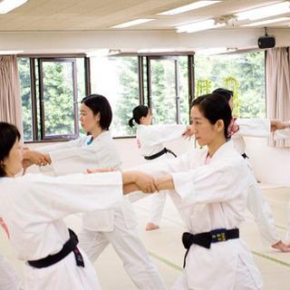 夏休み企画!福岡博多で 親子で学ぶ 護身術!心身の育成、健康に!初心者も安心〜 − 福岡県